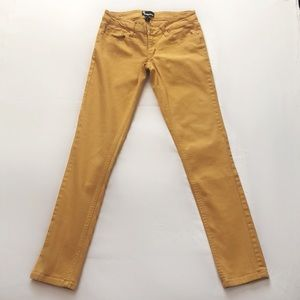 Dollhouse color skinny jeans
